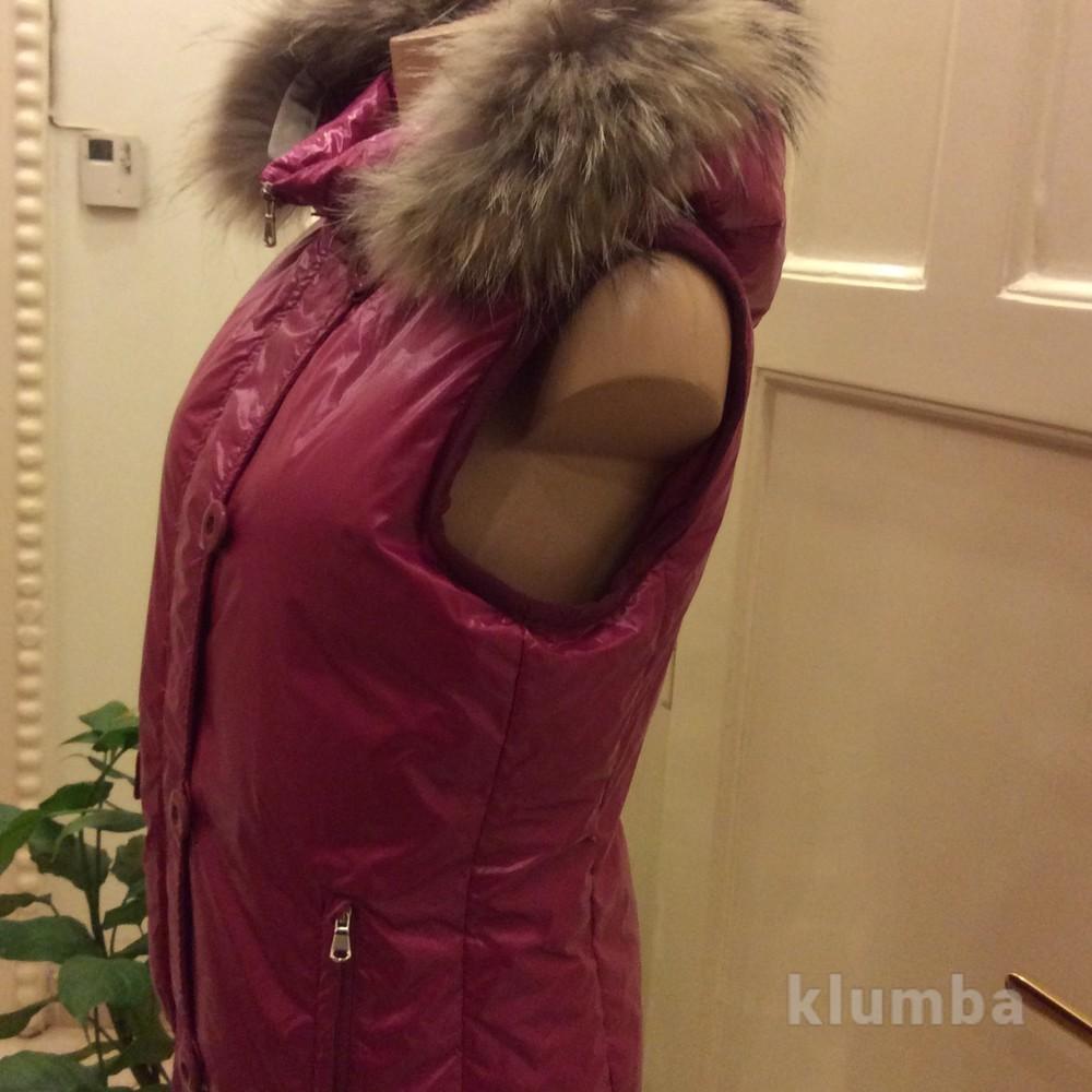 Пуховый жилет с капюшоном sportmax .100% гусинный пух фото №1