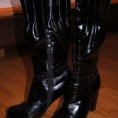 Женские лаковые сапоги 37 р-р Carnaby