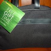Прекрасный подарок-фирменная сумка для туалетных принадлежностей