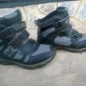 зимові ботинки на липучках