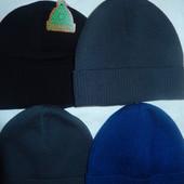 Новые мужские шапки с аккуратненьким подворотиком на голову54-58,на флисе