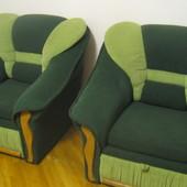 Шикарные 2 мягких кресла