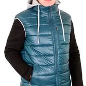 Жилетка мужская (зима) с капюшоном - 125