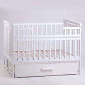 Кроватка Детский Сон с маятником и ящиком белая