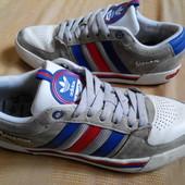 Кроссовки Adidas Vespa кожаные(оригинал)р.42