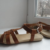 Комфортные сандалии Ariane.Раз.39-40