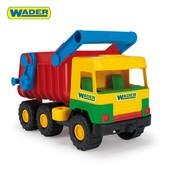 Средний грузовик типичный
