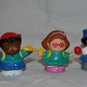 Фигурки Маленькие человечки Little People Fisher prise разные