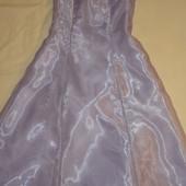 продам красивое праздничное платье девочке 12 лет рост 152см.