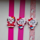 Часы Hello Kitty на гибком браслете