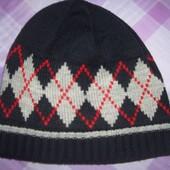 Комплект из 2 шапки + шарф.