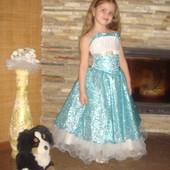 Красивое нарядное бальное платье 4-6 лет