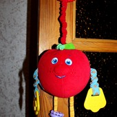 Подвеска на коляску или кроватку Волшебное яблоко Tiny Love