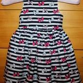Очень красивое нарядное платье Young Dimension на 9-12 мес. рост 80 см