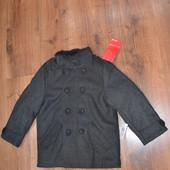 Пальто на мальчика 5-6лет