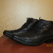 Продам зимние кожаные ботинки для мужчины р 43-44см