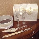 Свадебные аксессуары: казна, сито, бокалы, лопатка и нож