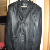 Мужской кожаный пиджак разм.XXL в идеальном состоянии!