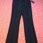 Новые нарядные женские брюки размер 10-12 (M). Производитель Румыния. 1) Размер 10. Длина 105 см, ша