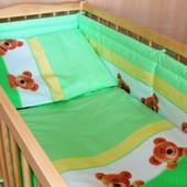 Детское постельное белье в кроватку c 6 эл (без балдахина и кармана). Мишки в горошек