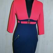 Красивое новое платье р. 42-44