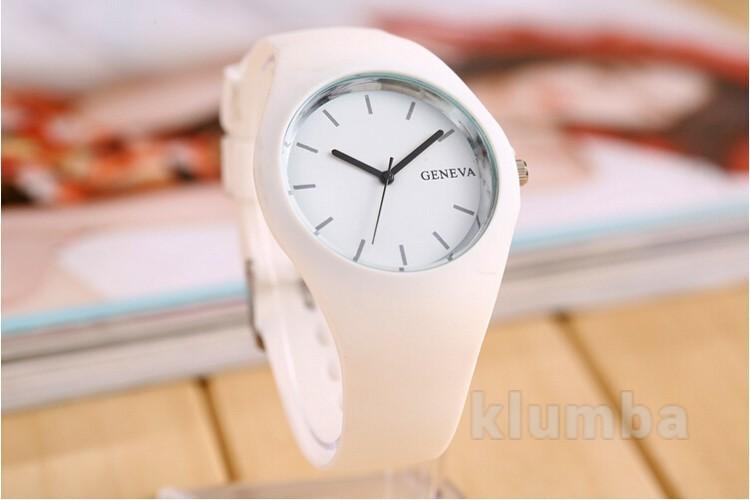 Стильные и непринужденные наручные часы Софи - белый