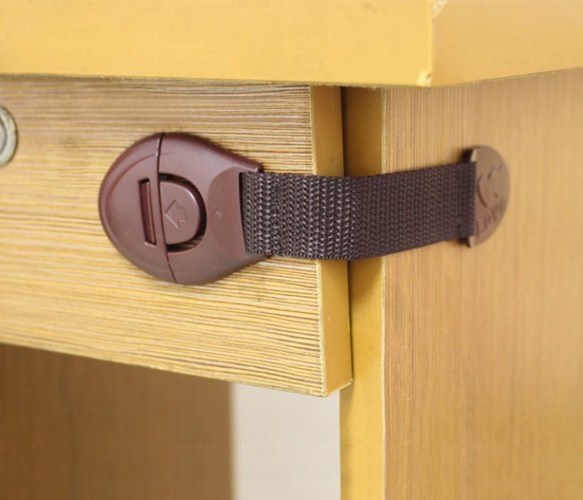 Защита для детей замки безопасности на двери фото №1