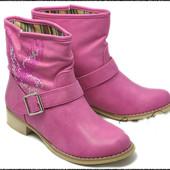 женские ботинки розовие