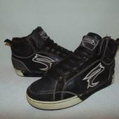 Кроссы,утеплён  Memphis 37р,ст 24 см.Мега выбор обуви и одежды!