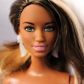 Кукла Барби мулатка Ким с новым типом фигуры из серии Модница Fashionista 2015