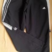 Спортивные штаны р.48 Adidas(оригинал)