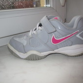 Продам кроссовки Nike 32 р. Оригинал.