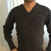 Стильный мужской свитер пуловер можно под рубашку размер S