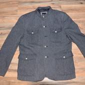 стильное фирменное мужское пальто