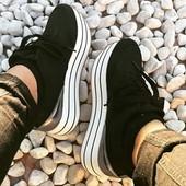 Черные кроссовки Zara на платформе. 36-41 р