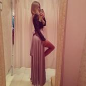 Платье в пол с открытой спинкой