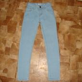 суперовые стреч.джинсы узкачи Denim Co 7-8 лет  состояние отличное
