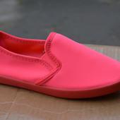 Женские мокасины слипоны яркие красные розовые