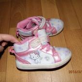 кроссовочки 24 р