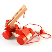 """Динамическая деревянная игрушка -каталка """" Пожарная машина"""""""