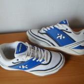 крутые кроссовки 33