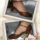 Удобные туфли, босоножки кожа р. 40