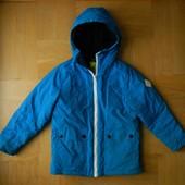 116-122 см H&M как новая куртка ветровка бомбер . Длина - 48 см, ширина - 40 см, плечи -35 см, рукав