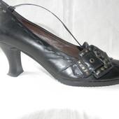 Женские кожаные туфли Varese р.39 дл.ст 26,5см