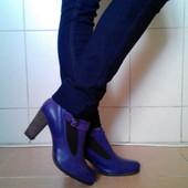 очень красивенные,стильные,полностью натуральные сиреневые ботинки Sasha,ст-на пр-ль Италия