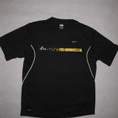спортивная термо футболка Nike, средний размер