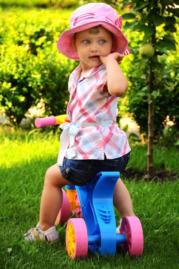 Ролоцикл 4 колеса розовый технок 3824 беговел пластиковый фото №9