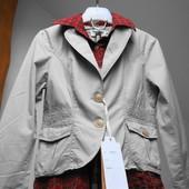 Молодёжная куртка с вшитой рубашкой. Размеры xs - s и L-хL.. Кофейная с кружевом.