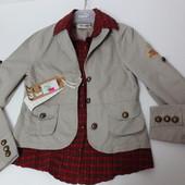 Молодёжная куртка с вшитой рубашкой. Размер XS - S. Кофейная с металлическими пуговками.