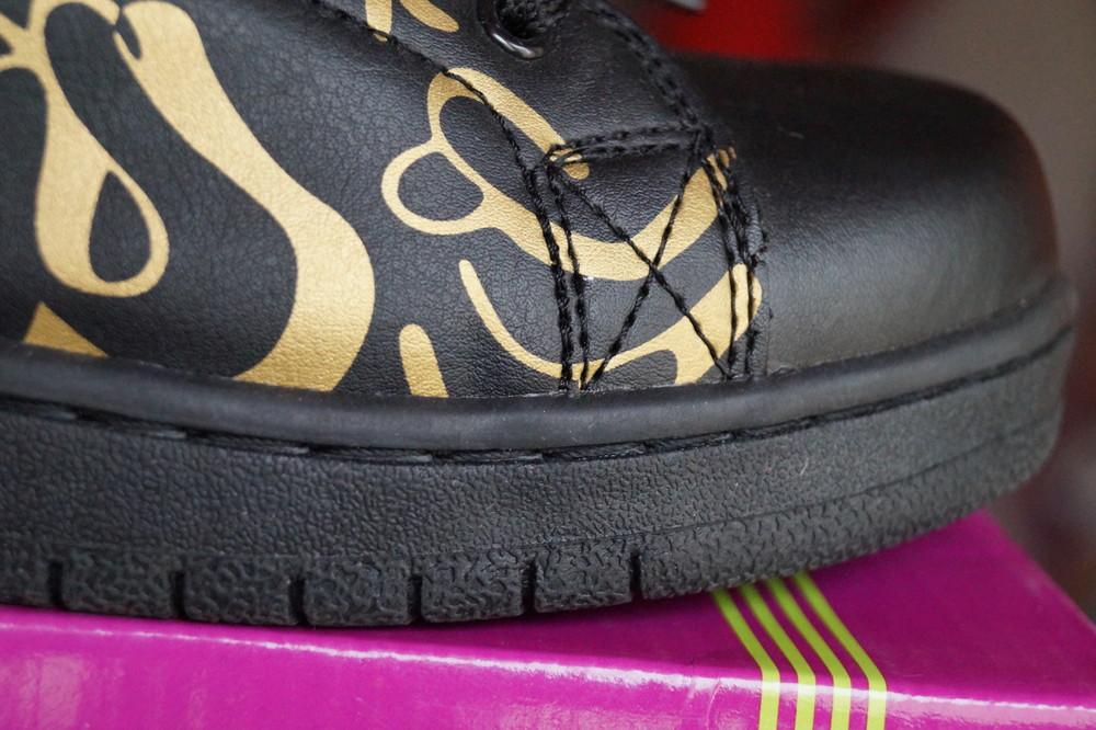 Кроссовки черные с принтом новые р. 38, 39, 41 фото №6